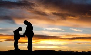 dad_son_sunset_prayer